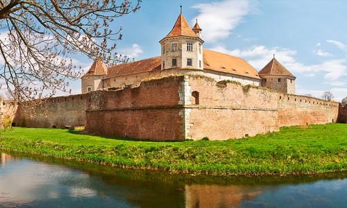 cetatea făgăraș castele
