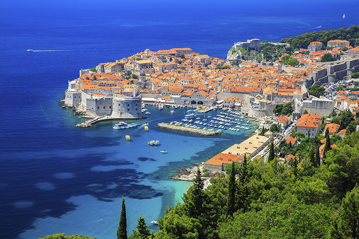 Dubrovnik-Croatia-000052544404_XXXLarge-Copy