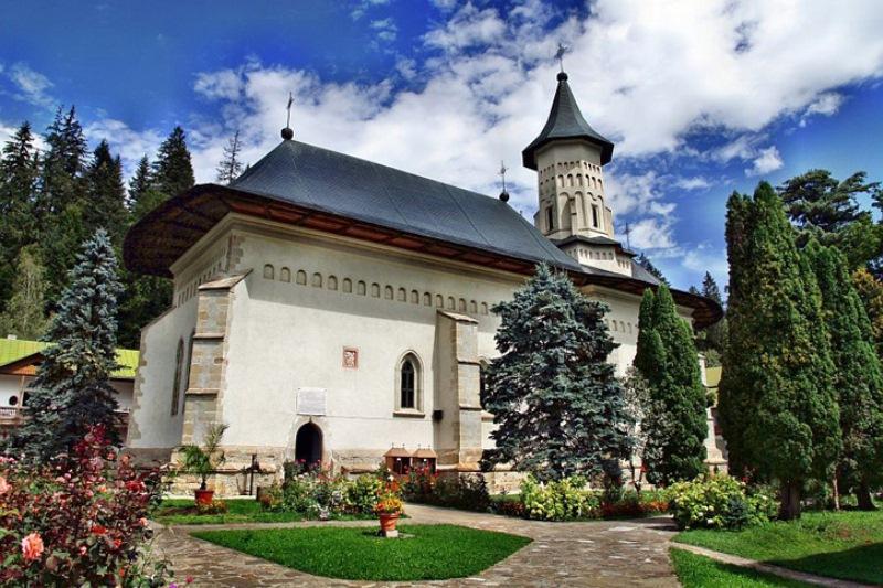 manastirea slatina (1)