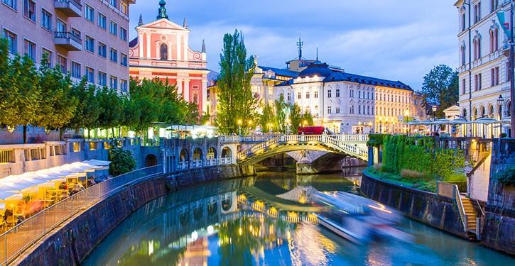 orașe din românia europa de est turism
