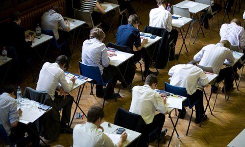 elevi examen Bacalaureat Evaluarea Națională